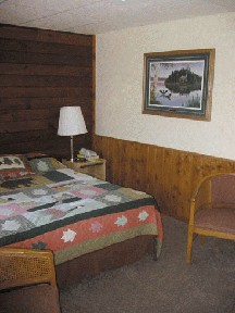 Lake Breeze Motel Resort - Double Motel Room